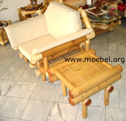 Beistelltisch / Kaffeetisch bzw. Fussablage, Bambusmöbel
