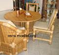Tisch, Esstisch aus Bambus, Stühle aus Bambus
