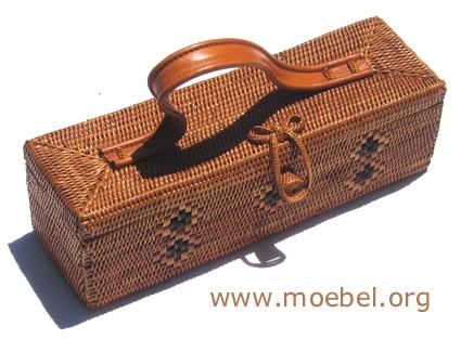 Handtaschen aus Rattan
